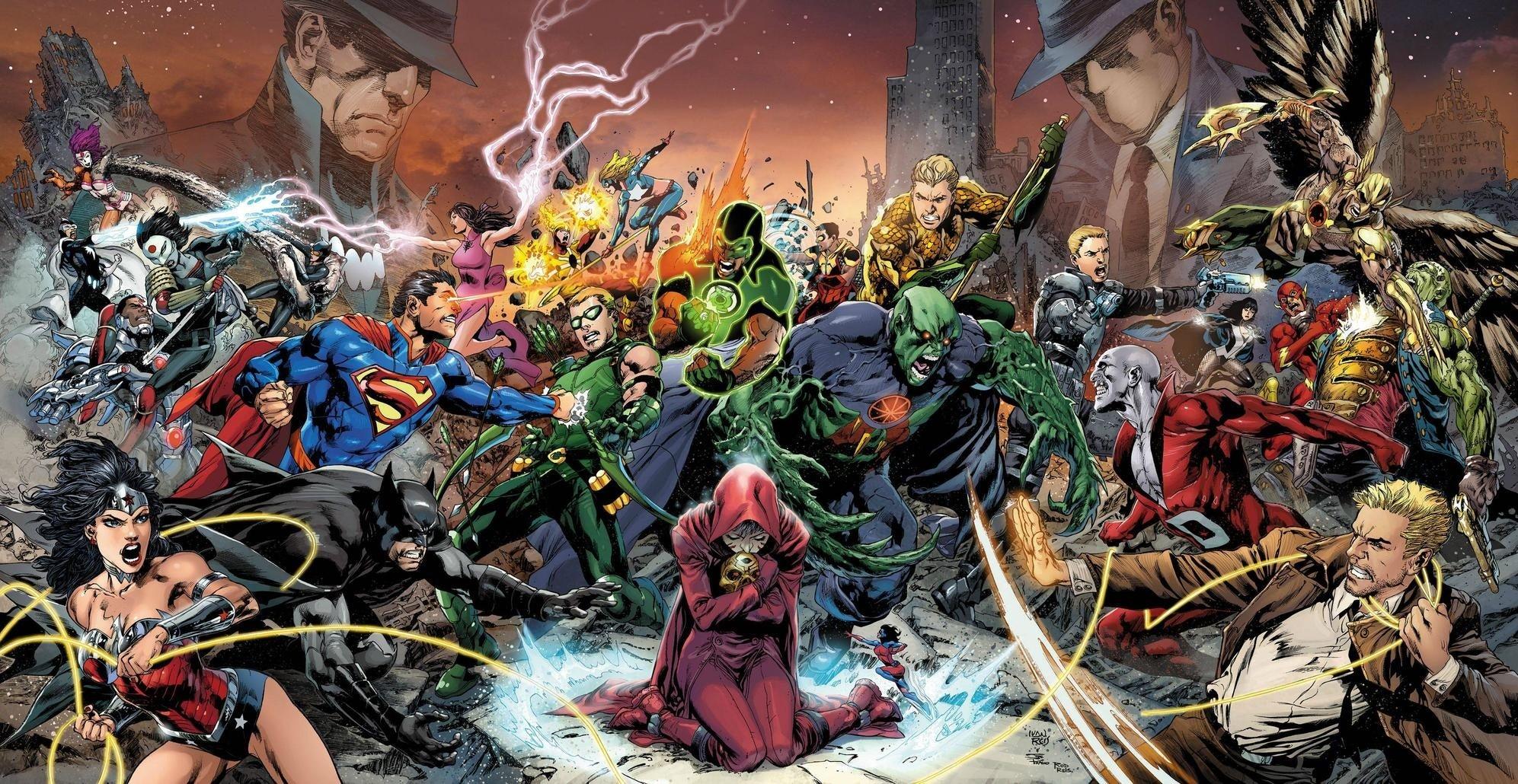 Trinity War Begins as Doctor Light Returns
