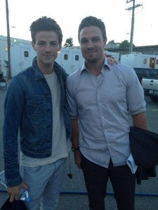 Stephen-Amell-Grant-Gustin-Arrow-Flash
