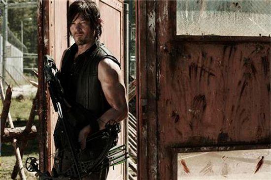Walking Dead Season 4 Daryl & Crossbow