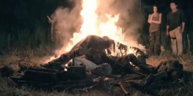 The Walking Dead Season 4 Premiere Clip: A Zombie Campfire