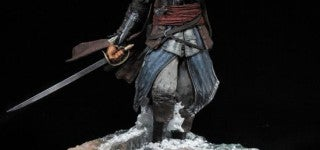 assassins-creed-statue