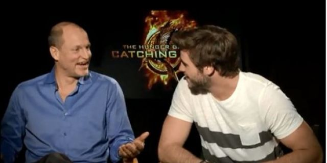 catching-fire-harrelson-and-hemsworth