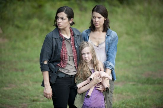 The Walking Dead Dead Weight  Lilly, Tara, & Megan
