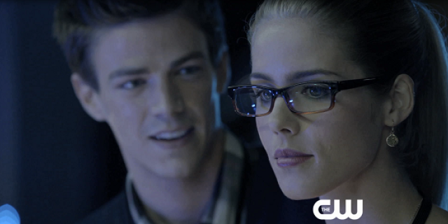 Arrow: Exclusive Clip Featuring Barry Allen and Felicity Smoak