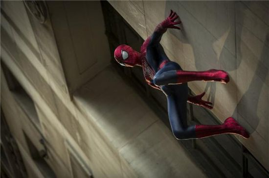 The Amazing Spider-Man 2 Trailer Debuts Online