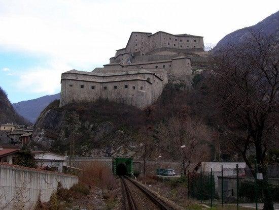 Fort_Bard,_AO,_Italy