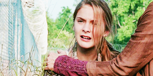 The-Walking-Dead-Lizzie