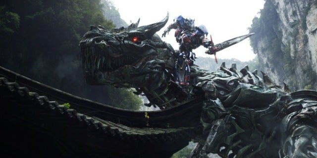 transformers-age-of-extinction-optimus-prime-riding-grimlock