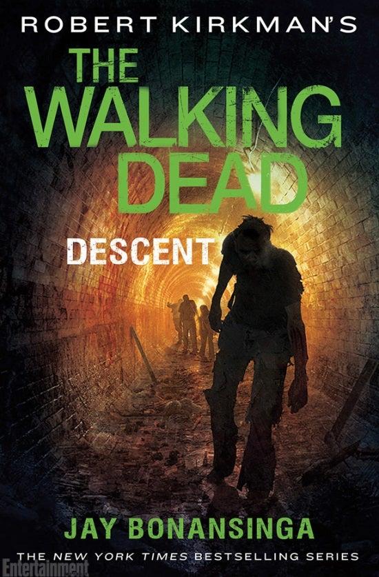 The walking dead descent cover revealed - Livre de poche walking dead ...