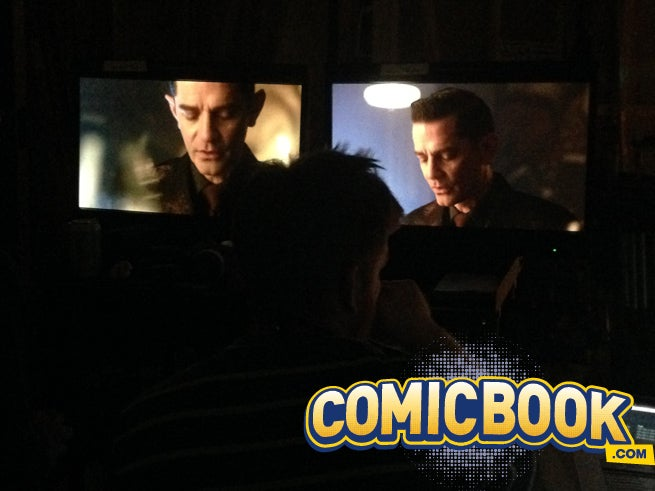 James Frain contemplates his next move as Theo Galavan in Gotham S2E6