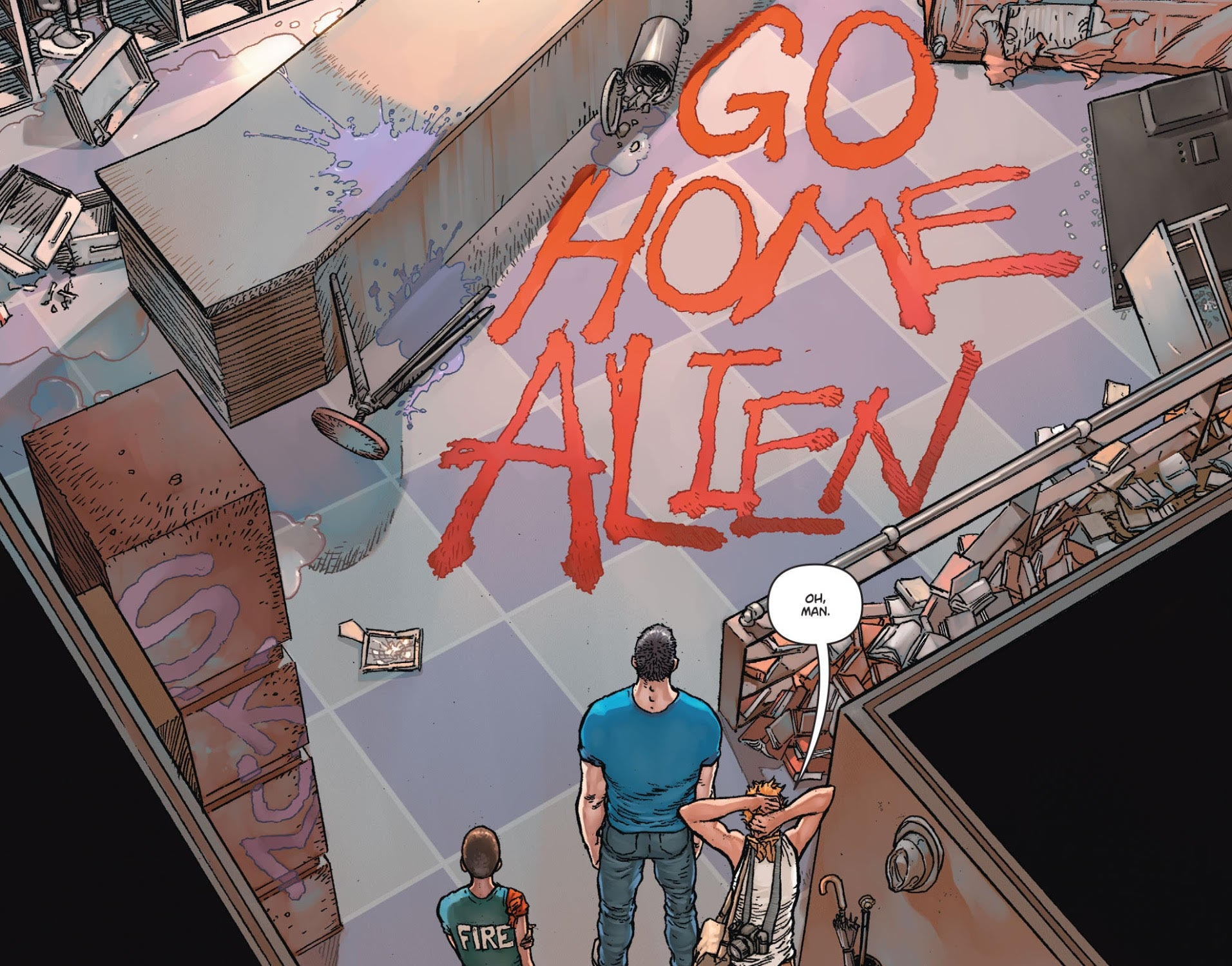 Action Comics - Alien Go Home