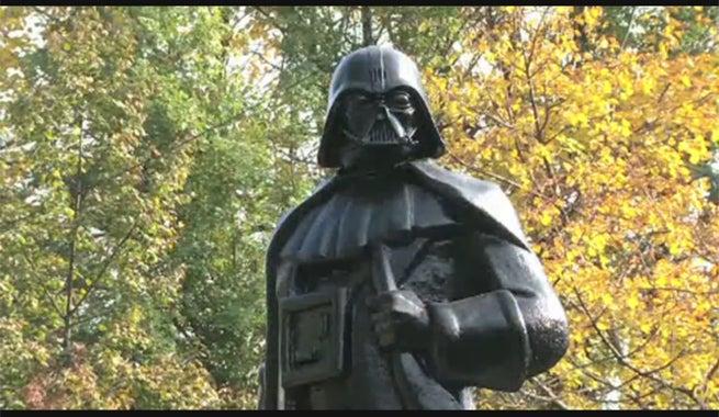 darth-vader-ukraine-statue