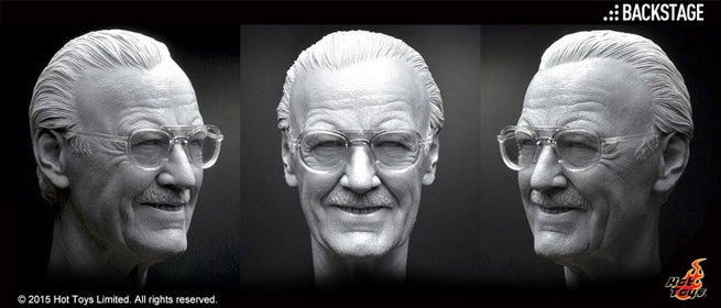 hot-toys-stan-lee-turnaround-full