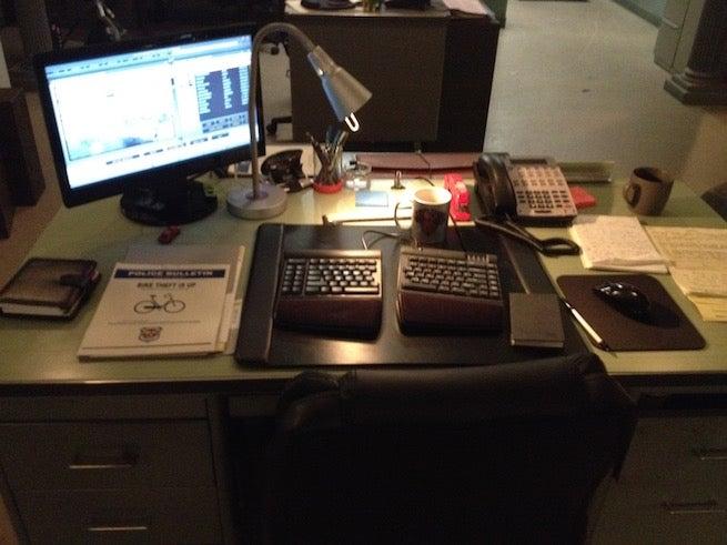 iZombie-Clive-Babineaux-desk