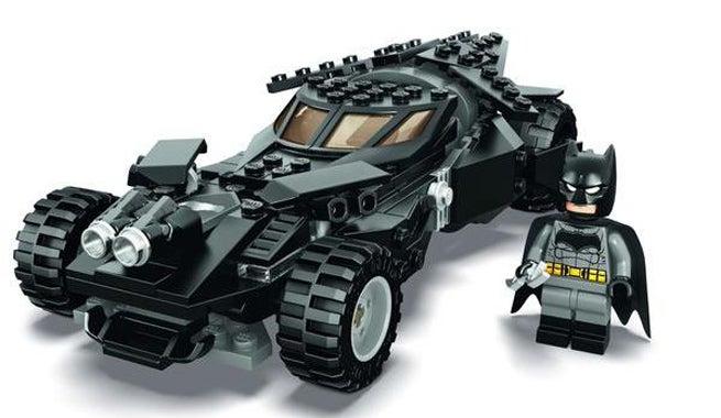 Lego-Dawn-of-Justice-Batmobile-dc-comics-super-heroes