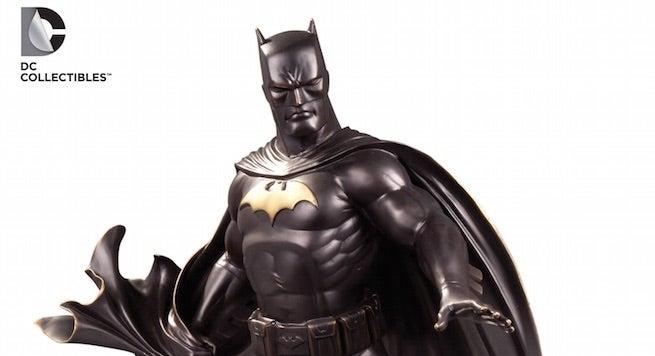 batman-statue-top