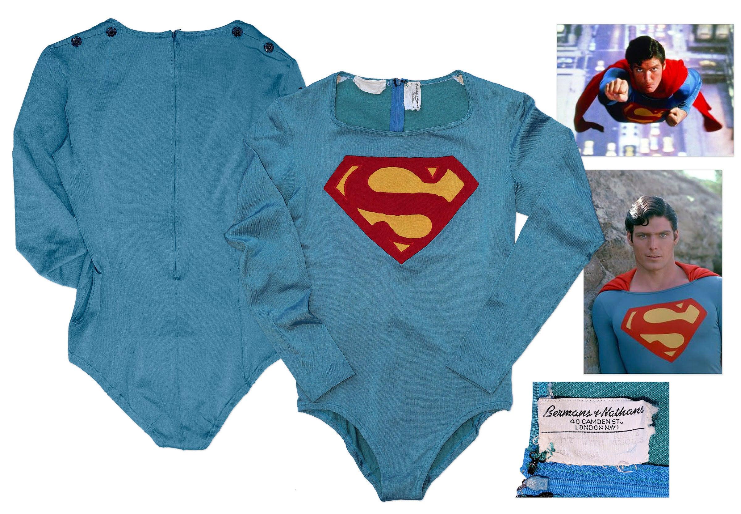 costume-auction