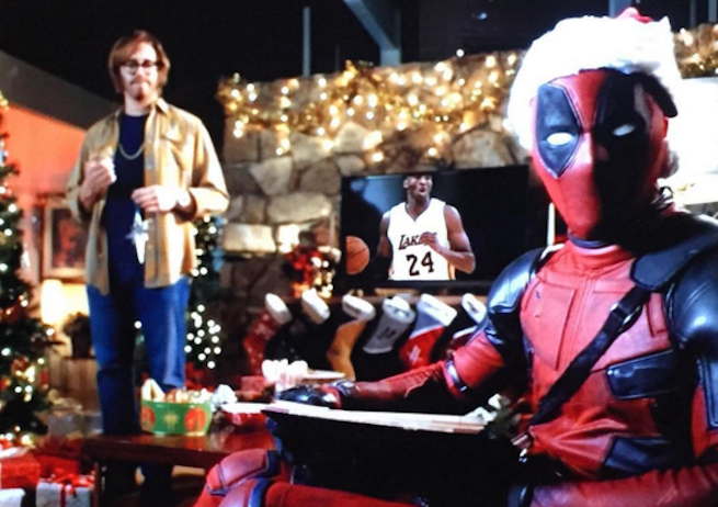 A-Very Deadpool-Christmas