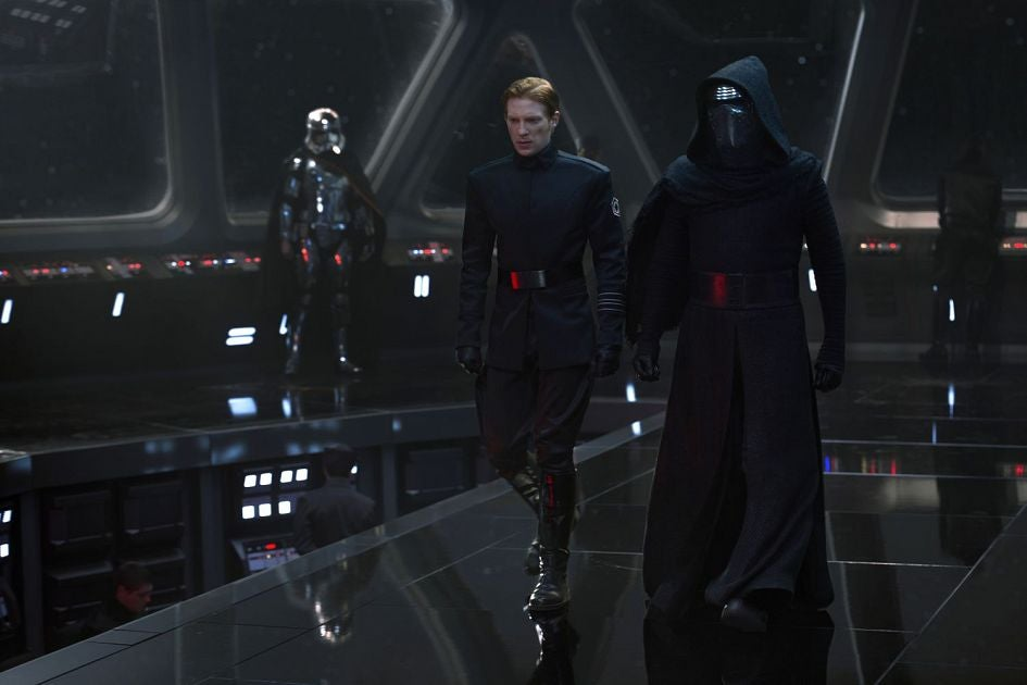 star-wars-the-force-awakens-new-first-order