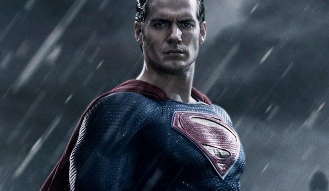 Superman-Suit-In-Batman-Vs-Superman