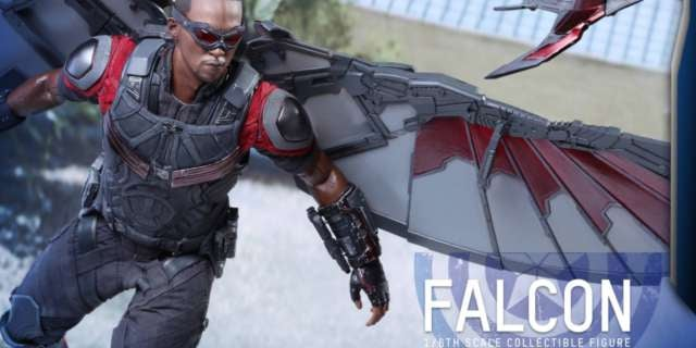 hot-toys-civil-war-falcon-15