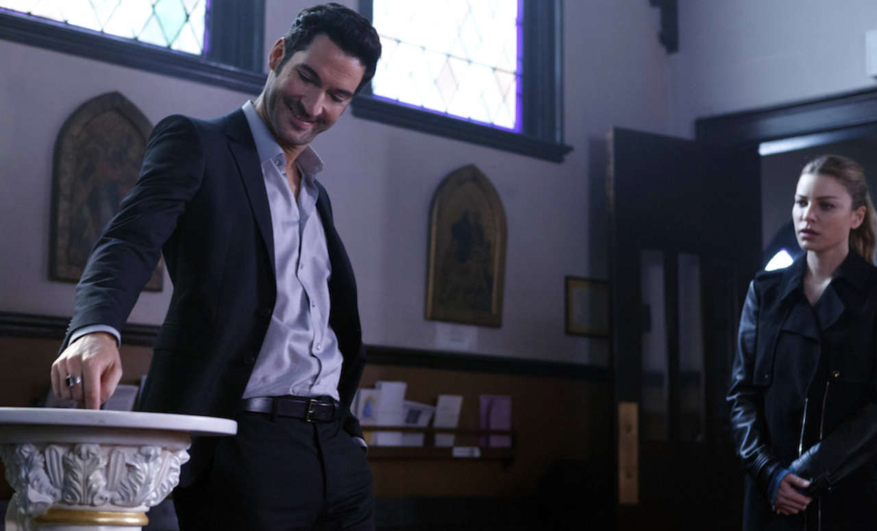 Lucifer Season 1 Episode 9 Recap With Spoilers A Priest Walks Into A Bar
