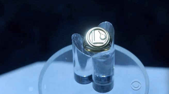 Supergirl-Legion-ring
