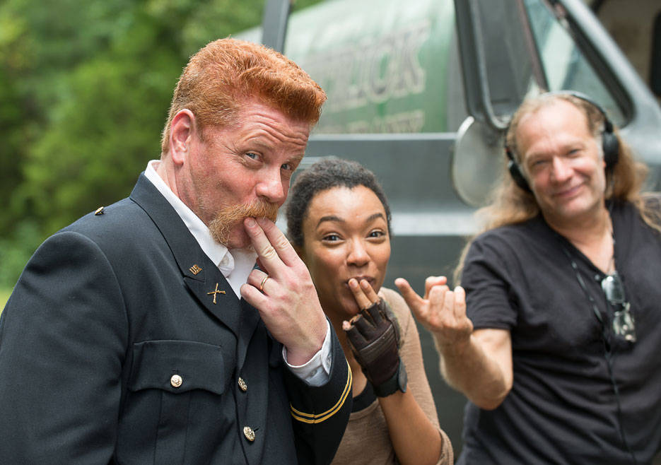 the-walking-dead-episode-609-abraham-cudlitz-sasha-green-935