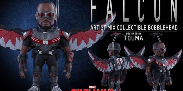 Hot Toys - CACW - Falcon Artist Mix Collectible BobbleHead_PR2
