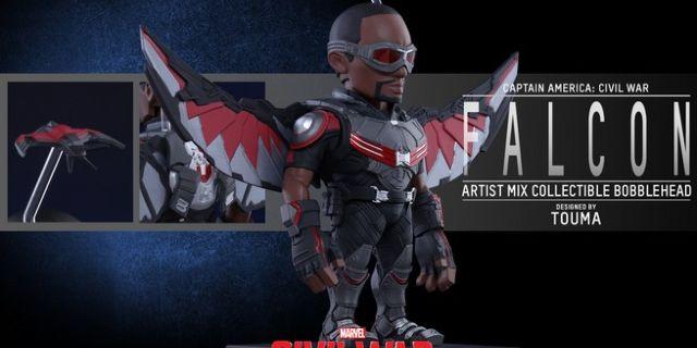 Hot Toys - CACW - Falcon Artist Mix Collectible BobbleHead_PR3