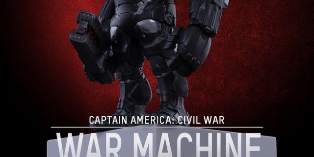 Hot Toys - CACW - War Machine Mark III Artist Mix Collectible BobbleHead_PR1