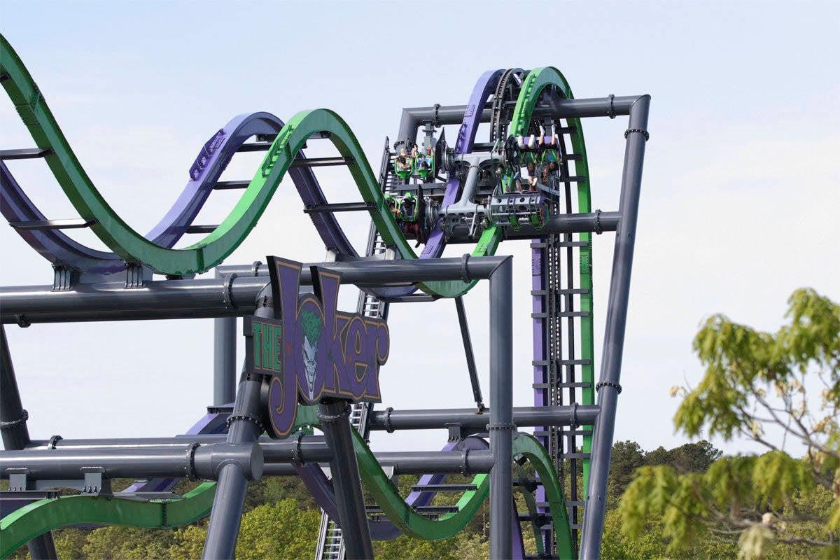 The Joker Roller Coaster Shut Down After Riders Get Stuck