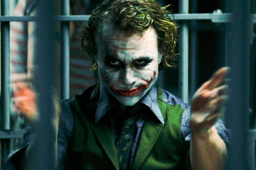 Heath-Ledger-Joker-Clapping