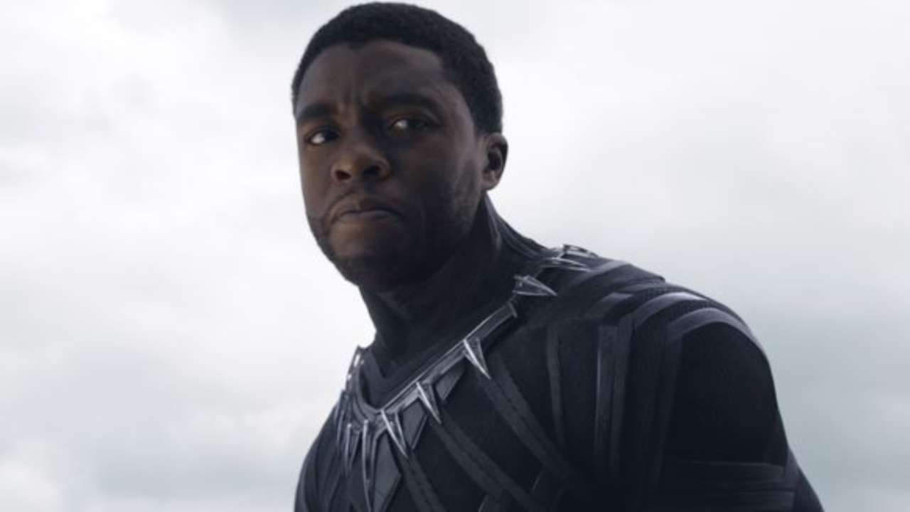 Black Panther S Chadwick Boseman Does Wakanda Salute Because His Mom Was Disappointed