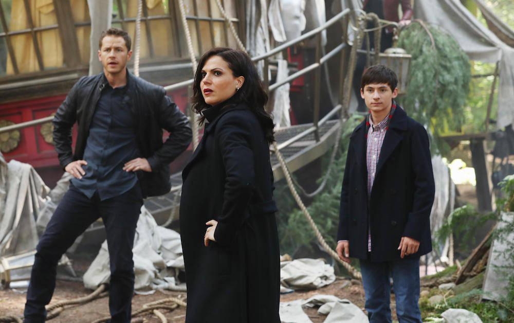 'Once Upon A Time' Star Lana Parrilla Talks Season 7 Plus Exiting Castmates