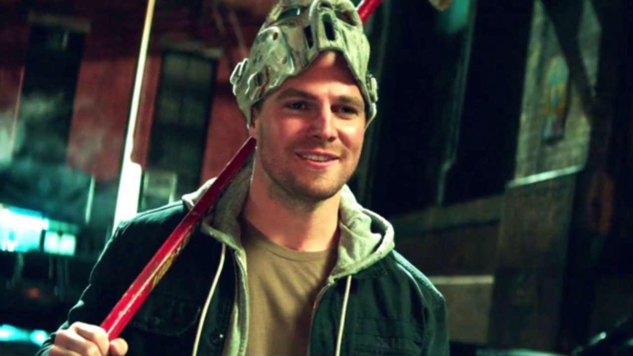 Arrow's Stephen Amell Talks Casey Jones/Wild Dog Comparisons