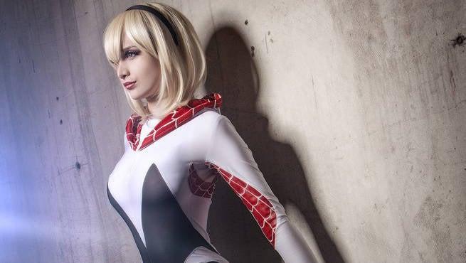 Mari Evans Spider Gwen Cosplay Header