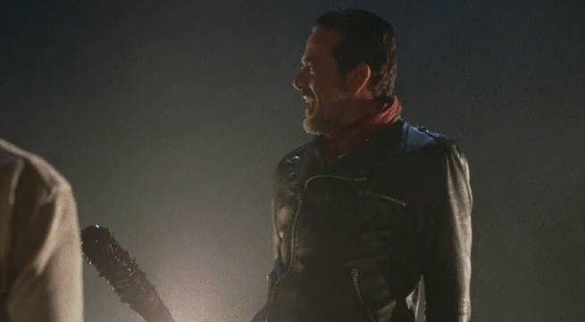 the-walking-dead-s7-premiere-negan-kills-shots