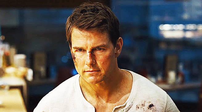 Tom Cruise stars in Jack Reacher Never Go Back
