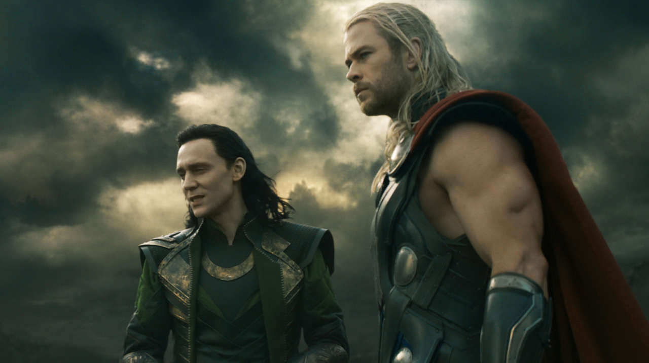 Chris Hemsworth Punched Tom Hiddleston in the Face While Filming Avengers