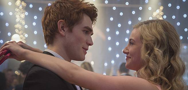 archie-betty-riverdale