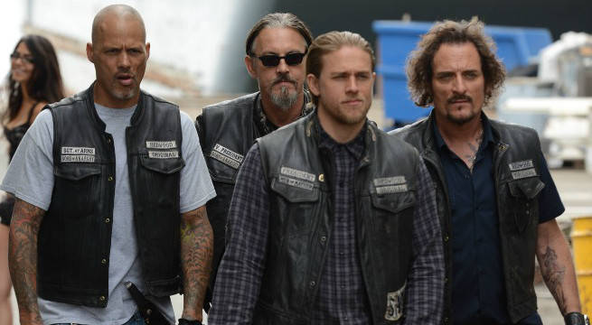 'Sons of Anarchy': Charlie Hunnam Reveals How He Met Co-Star Tommy Flanagan