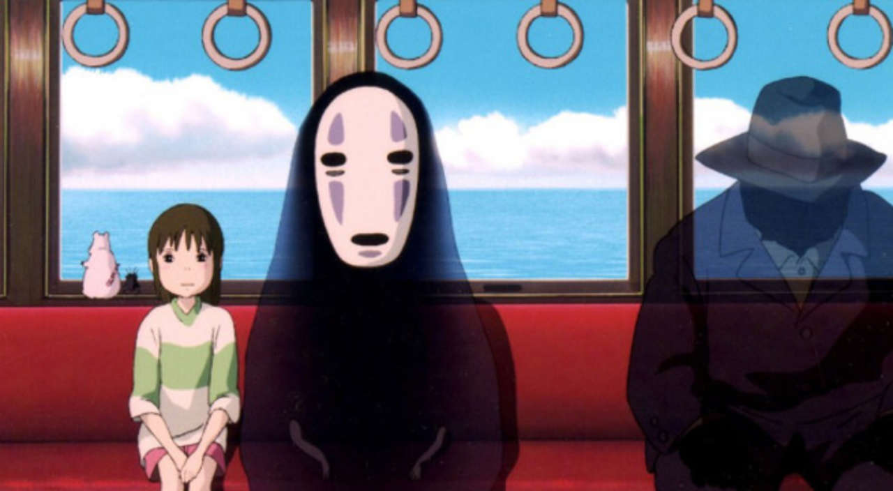Budget Cosplayer Recreates Famous Spirited Away Moment