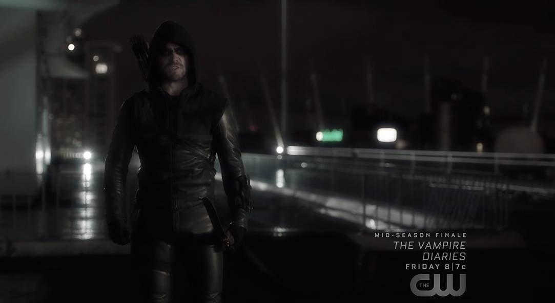 arrow-flashback-the-hood