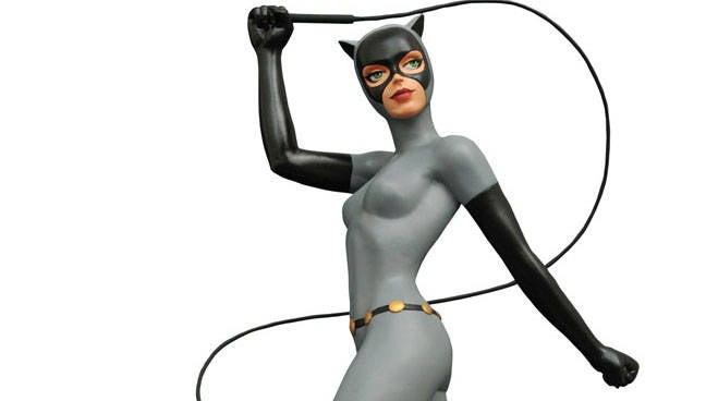 BTAS_CatwomanPremierStatue