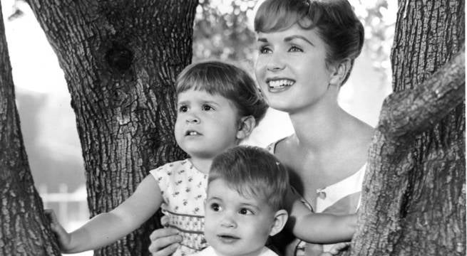 carrie-todd-fisher-debbie-reynolds
