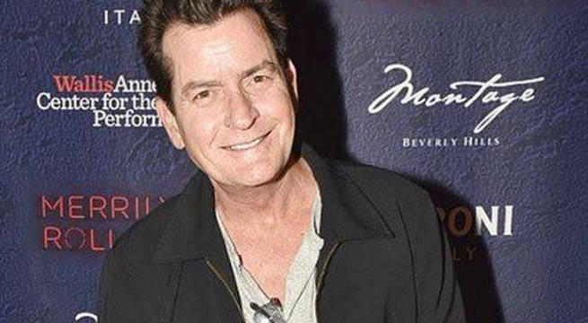 Charlie Sheen fake marries porn star