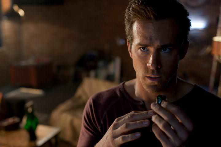 green-lantern-ryan-reynolds-hal-jordan-ring