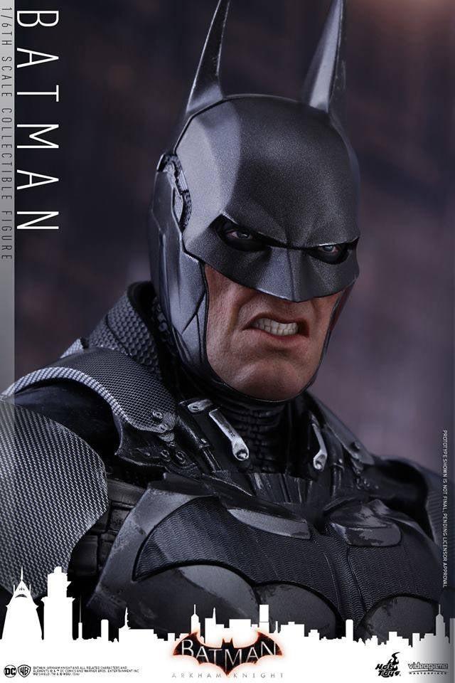 Hot-Toys-Batman-Arkham-Knight-18