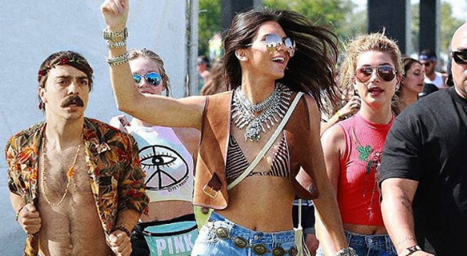 Kendall Jenner and Kirby photoshop at Coachella